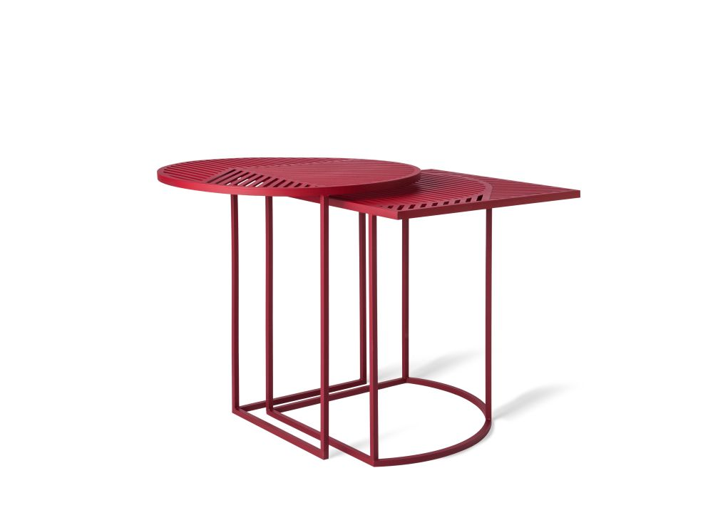 https://res.cloudinary.com/clippings/image/upload/t_big/dpr_auto,f_auto,w_auto/v1/products/iso-a-round-side-table-petite-friture-pool-clippings-1499341.jpg