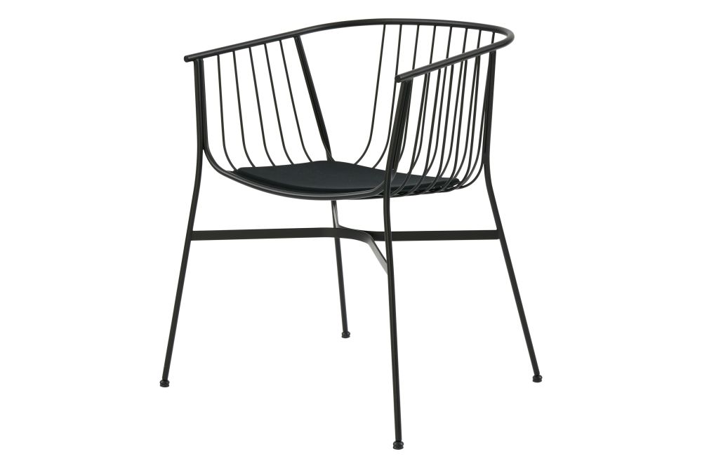 https://res.cloudinary.com/clippings/image/upload/t_big/dpr_auto,f_auto,w_auto/v1/products/jeanette-outdoor-side-chair-with-seat-pad-ral9017-black-sp01-tom-fereday-clippings-11531216.jpg