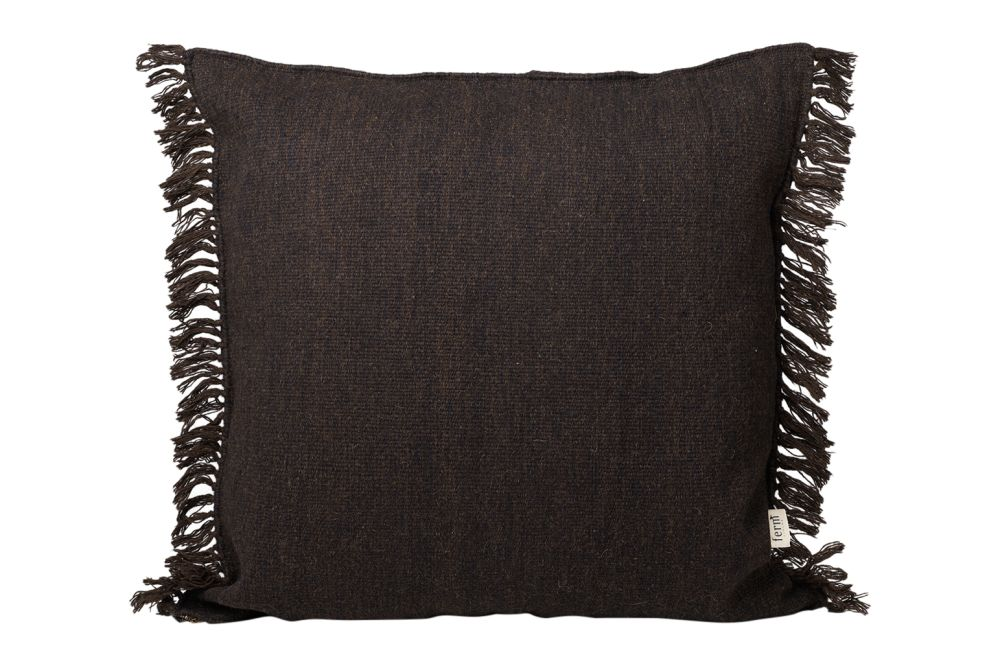 https://res.cloudinary.com/clippings/image/upload/t_big/dpr_auto,f_auto,w_auto/v1/products/kelim-fringe-cushion-80x80-ferm-living-ferm-living-clippings-11481842.jpg