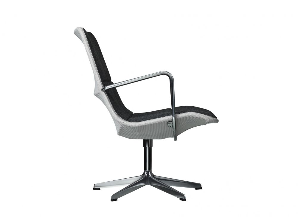 Kite Low Back Swivel Chair by Swedese