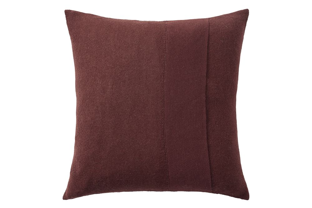 https://res.cloudinary.com/clippings/image/upload/t_big/dpr_auto,f_auto,w_auto/v1/products/layer-cushion-fabric-burgundy-50-x-50-muuto-aiayu-clippings-11345098.jpg