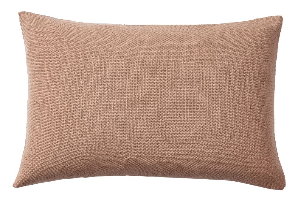https://res.cloudinary.com/clippings/image/upload/t_big/dpr_auto,f_auto,w_auto/v1/products/layer-cushion-fabric-dusty-rose-40-x-60-muuto-aiayu-clippings-11345087.jpg