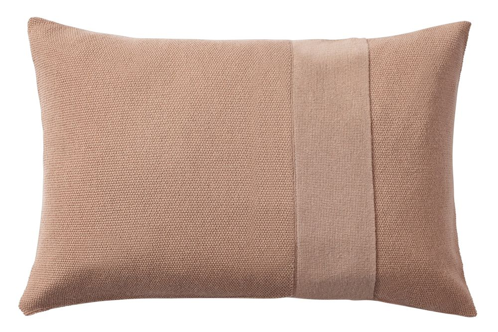 https://res.cloudinary.com/clippings/image/upload/t_big/dpr_auto,f_auto,w_auto/v1/products/layer-cushion-fabric-dusty-rose-40-x-60-muuto-aiayu-clippings-11345088.jpg
