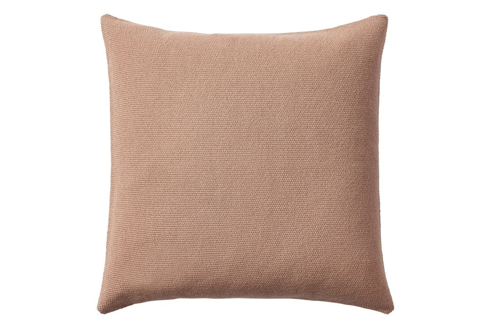 https://res.cloudinary.com/clippings/image/upload/t_big/dpr_auto,f_auto,w_auto/v1/products/layer-cushion-fabric-dusty-rose-50-x-50-muuto-aiayu-clippings-11345096.jpg