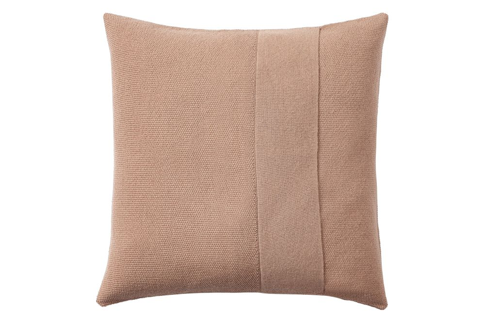 https://res.cloudinary.com/clippings/image/upload/t_big/dpr_auto,f_auto,w_auto/v1/products/layer-cushion-fabric-dusty-rose-50-x-50-muuto-aiayu-clippings-11345097.jpg
