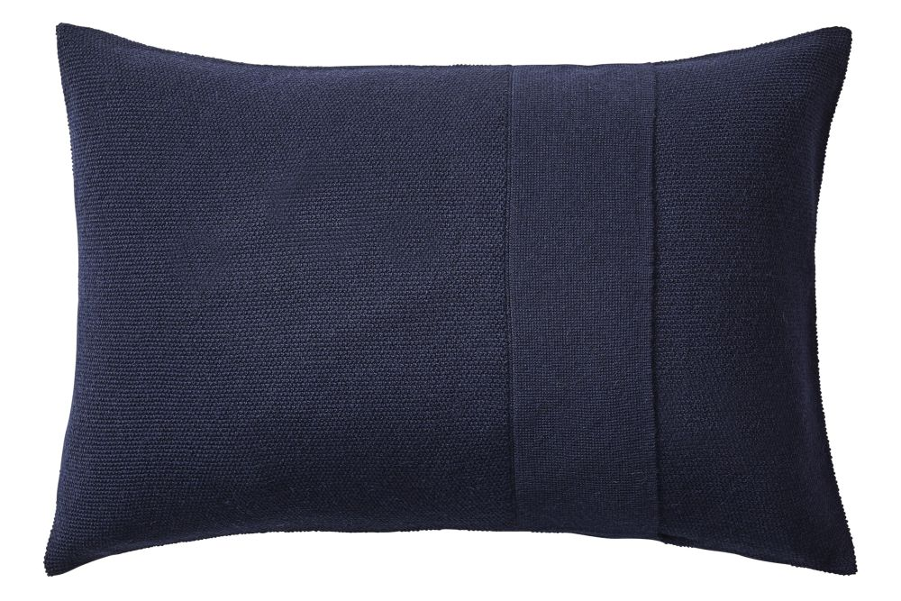 https://res.cloudinary.com/clippings/image/upload/t_big/dpr_auto,f_auto,w_auto/v1/products/layer-cushion-fabric-midnight-blue-40-x-60-muuto-aiayu-clippings-11345085.jpg