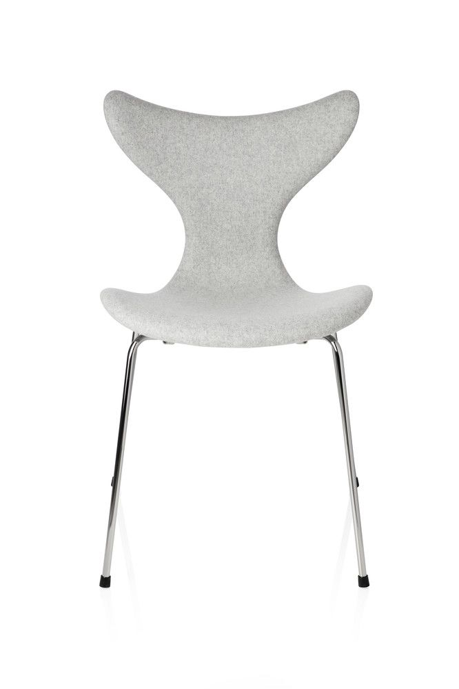 https://res.cloudinary.com/clippings/image/upload/t_big/dpr_auto,f_auto,w_auto/v1/products/lily-dining-chair-divina-melange-2-120-fritz-hansen-arne-jacobsen-clippings-11323960.jpg