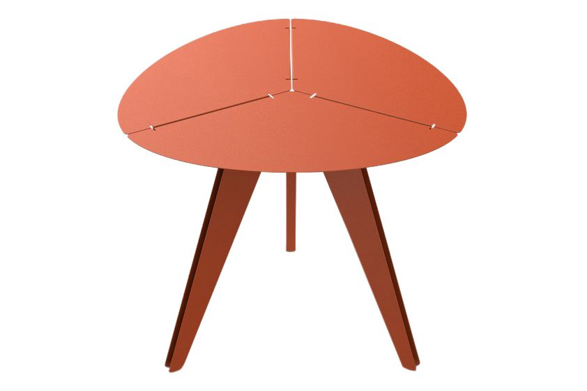 https://res.cloudinary.com/clippings/image/upload/t_big/dpr_auto,f_auto,w_auto/v1/products/loom-triangular-table-new-normal-colour-mati%C3%A8re-grise-luc-jozancy-clippings-11535940.jpg
