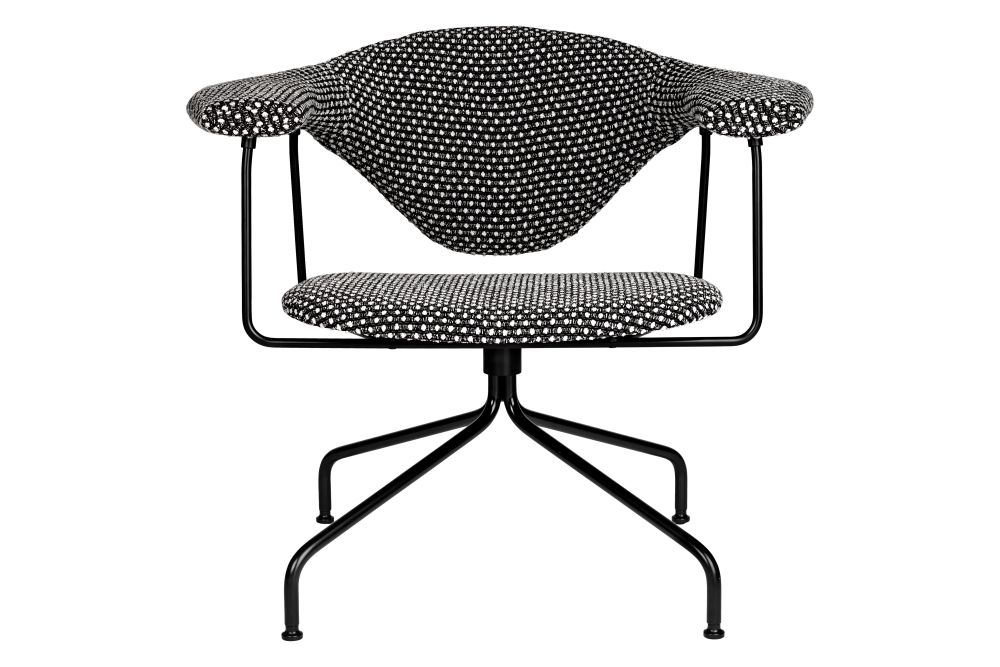 Masculo Lounge Chair, Swivel Base by Gubi