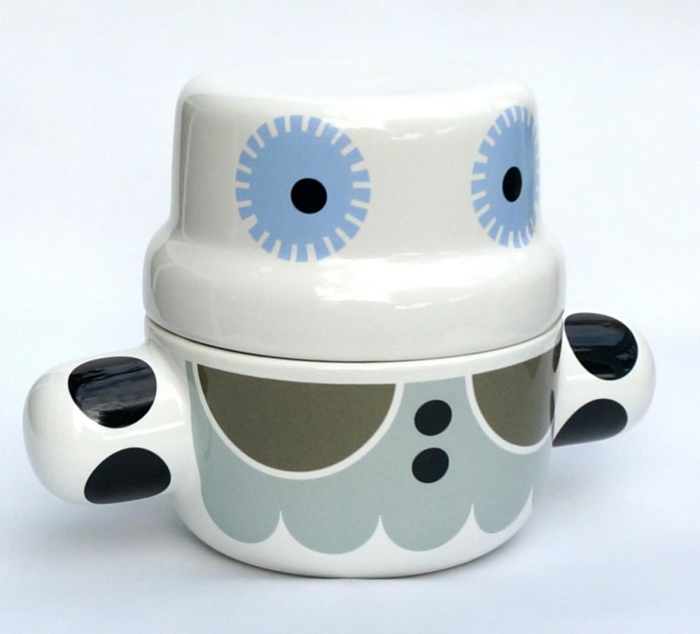 Mummy Pot by Camilla Engdahl
