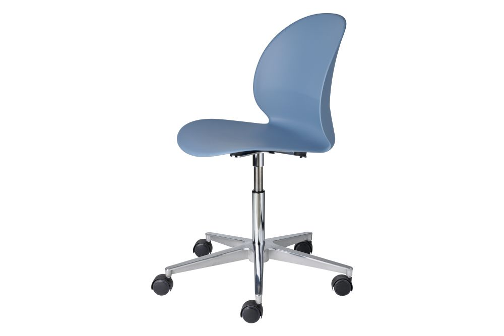 https://res.cloudinary.com/clippings/image/upload/t_big/dpr_auto,f_auto,w_auto/v1/products/n02-recycle-chair-5-star-swivel-base-without-armrests-swivel-no-arm-light-blue-fritz-hansen-nendo-clippings-11319278.jpg