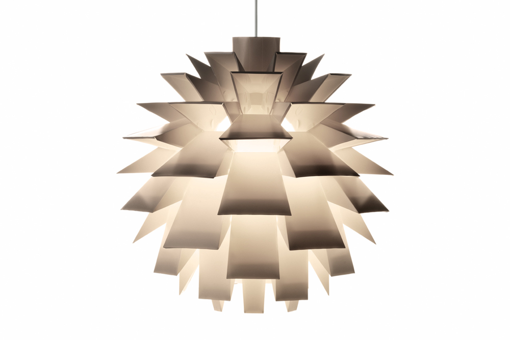 https://res.cloudinary.com/clippings/image/upload/t_big/dpr_auto,f_auto,w_auto/v1/products/norm-69-lampshade-normann-copenhagen-simon-karkov-clippings-1208631.png