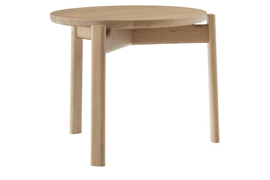 https://res.cloudinary.com/clippings/image/upload/t_big/dpr_auto,f_auto,w_auto/v1/products/passage-lounge-table-natural-oak-50-menu-kr%C3%B8yer-s%C3%A6tter-lassen-clippings-11495791.jpg