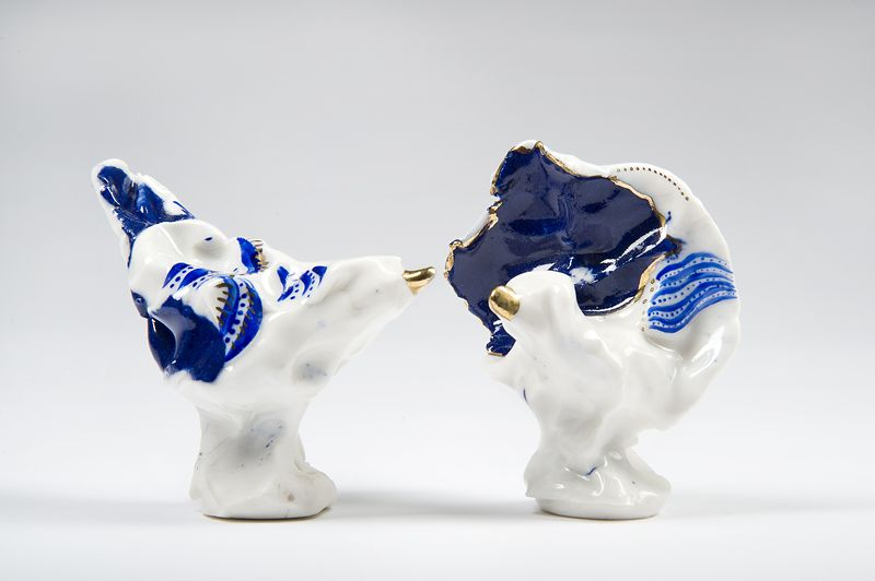 Katy Jennings,Decorative Accessories,animal figure,blue and white porcelain,ceramic,cobalt blue,figurine,porcelain