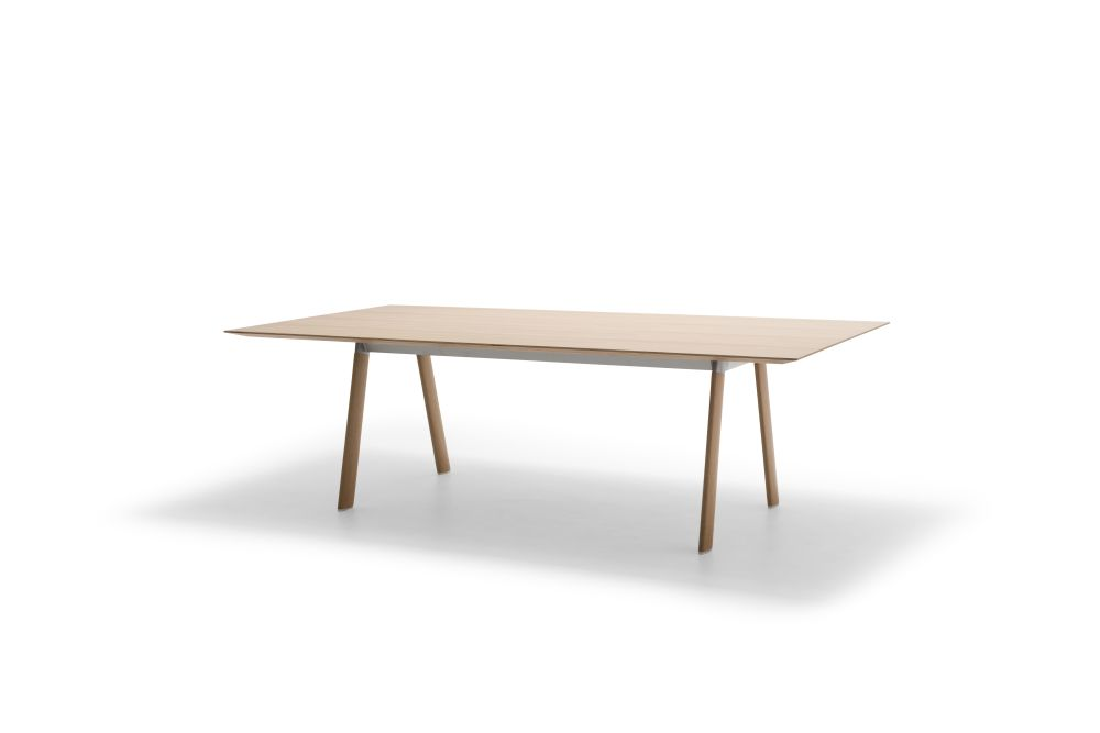 https://res.cloudinary.com/clippings/image/upload/t_big/dpr_auto,f_auto,w_auto/v1/products/radial-rectangular-conference-table-with-beveled-edge-wood-finish-oak-wood-finish-oak-280-x-120-x-745-30-andreu-world-estudio-andreu-clippings-11269285.jpg