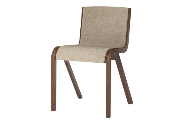 https://res.cloudinary.com/clippings/image/upload/t_big/dpr_auto,f_auto,w_auto/v1/products/ready-dining-chair-front-upholstered-price-category-0-red-stained-oak-menu-matias-m%C3%B8llenbach-and-nick-rasmussen-clippings-11532674.jpg