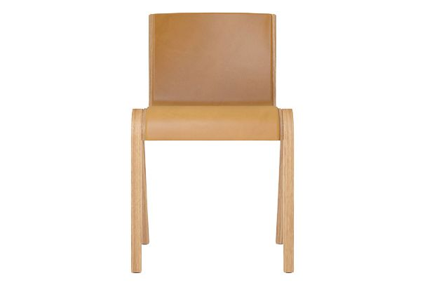https://res.cloudinary.com/clippings/image/upload/t_big/dpr_auto,f_auto,w_auto/v1/products/ready-dining-chair-front-upholstered-price-category-1-leather-natural-oak-menu-matias-m%C3%B8llenbach-and-nick-rasmussen-clippings-11532672.jpg