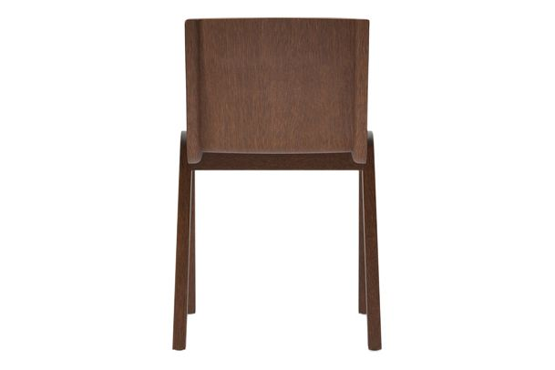 https://res.cloudinary.com/clippings/image/upload/t_big/dpr_auto,f_auto,w_auto/v1/products/ready-dining-chair-front-upholstered-price-category-2-red-stained-oak-menu-matias-m%C3%B8llenbach-and-nick-rasmussen-clippings-11532679.jpg
