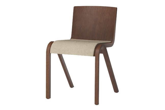 https://res.cloudinary.com/clippings/image/upload/t_big/dpr_auto,f_auto,w_auto/v1/products/ready-dining-chair-seat-upholstered-price-category-0-red-stained-oak-menu-matias-m%C3%B8llenbach-and-nick-rasmussen-clippings-11532656.jpg