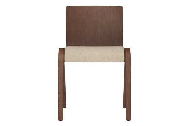 https://res.cloudinary.com/clippings/image/upload/t_big/dpr_auto,f_auto,w_auto/v1/products/ready-dining-chair-seat-upholstered-price-category-0-red-stained-oak-menu-matias-m%C3%B8llenbach-and-nick-rasmussen-clippings-11532657.jpg