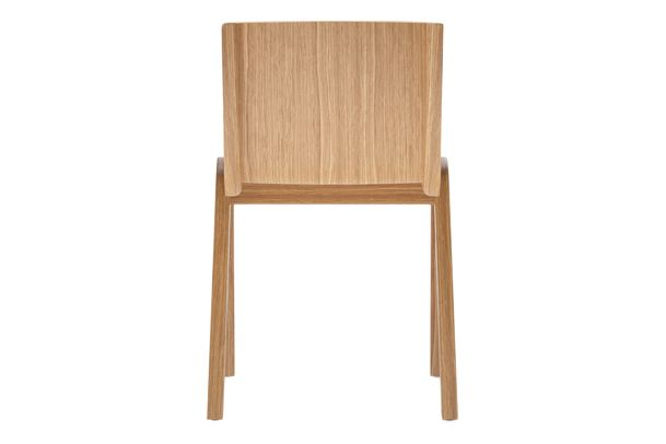 https://res.cloudinary.com/clippings/image/upload/t_big/dpr_auto,f_auto,w_auto/v1/products/ready-dining-chair-seat-upholstered-price-category-2-natural-oak-menu-matias-m%C3%B8llenbach-and-nick-rasmussen-clippings-11532653.jpg