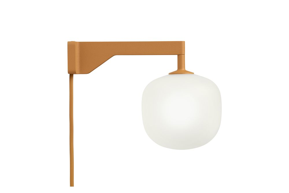https://res.cloudinary.com/clippings/image/upload/t_big/dpr_auto,f_auto,w_auto/v1/products/rime-wall-lamp-orange-muuto-taf-studio-clippings-11495265.jpg