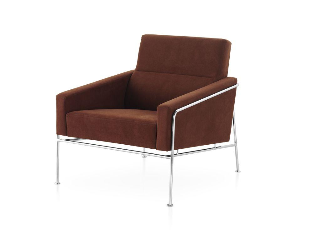 Series 3300 Armchair by Fritz Hansen