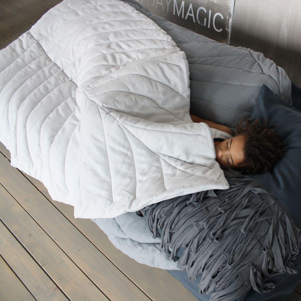 Vividgrey,Blankets & Throws,bedding,comfort,duvet,furniture,linens,pillow,textile