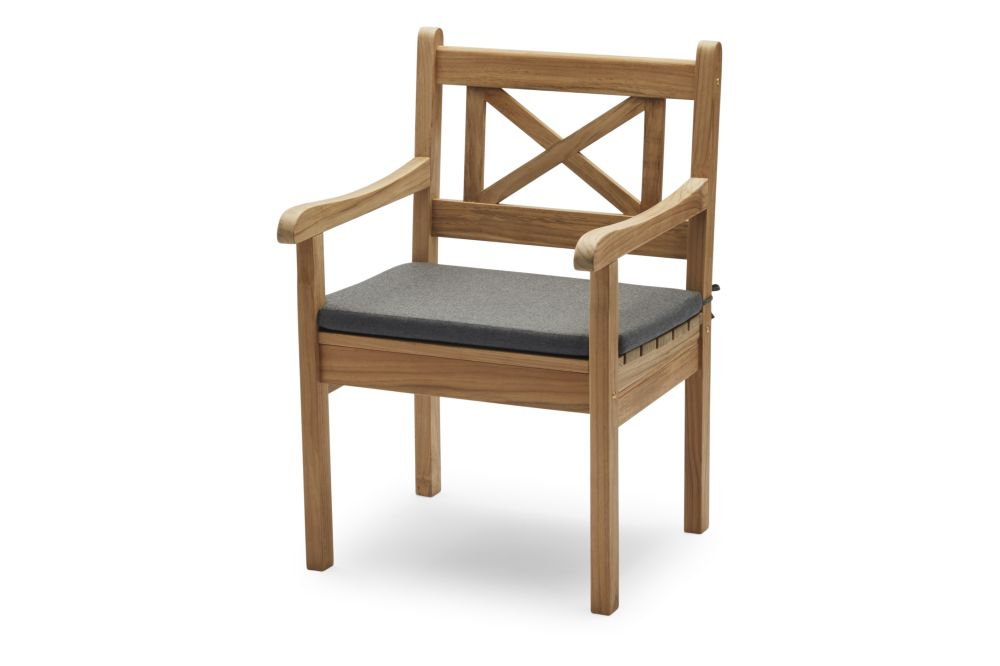 https://res.cloudinary.com/clippings/image/upload/t_big/dpr_auto,f_auto,w_auto/v1/products/skagen-chair-with-cushion-charcoal-skagerak-clippings-11300862.jpg