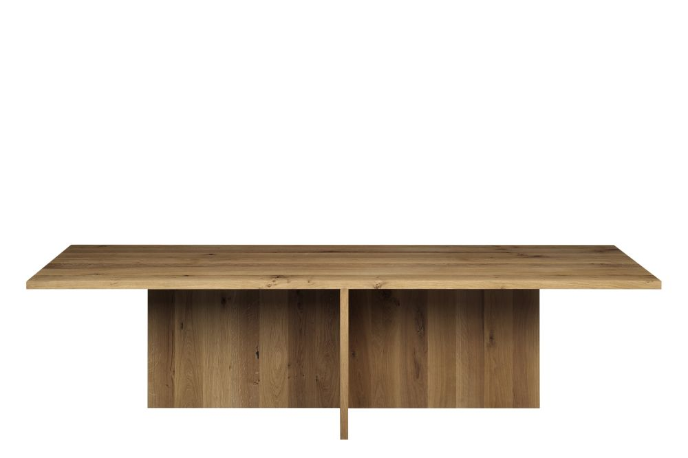 TA18 Zehn Dining Table by e15