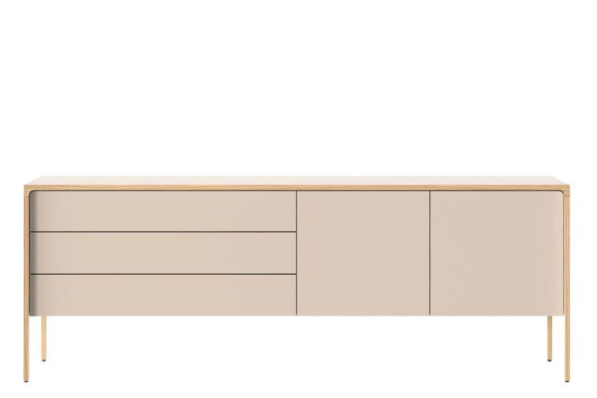 https://res.cloudinary.com/clippings/image/upload/t_big/dpr_auto,f_auto,w_auto/v1/products/tac216-tactile-sideboard-whitened-oak-cream-texturised-lacquered-ncs1005-u50r-punt-terence-woodgate-clippings-11448082.jpg