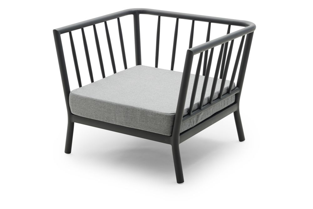 https://res.cloudinary.com/clippings/image/upload/t_big/dpr_auto,f_auto,w_auto/v1/products/tradition-lounge-chair-dark-grey-ash-skagerak-povl-b-eskildsen-clippings-11300770.jpg