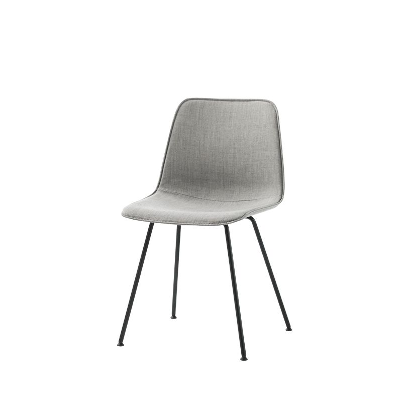 https://res.cloudinary.com/clippings/image/upload/t_big/dpr_auto,f_auto,w_auto/v1/products/varya-tapiz-dining-chair-4-legs-non-stackable-pricegrp-c1-colour-w01-white-inclass-simon-pengelly-clippings-11202308.jpg