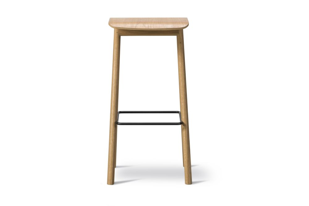YKSI Stool Oak lacquered 78, Fabric Group 1,Fredericia,Stools