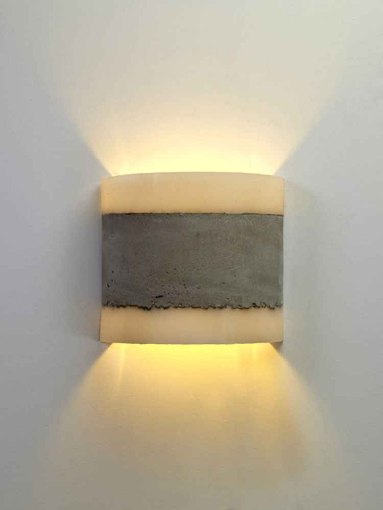 https://res.cloudinary.com/clippings/image/upload/t_big/dpr_auto,f_auto,w_auto/v1484144829/products/concrete-wall-lamp-renate-vos-clippings-8720541.jpg