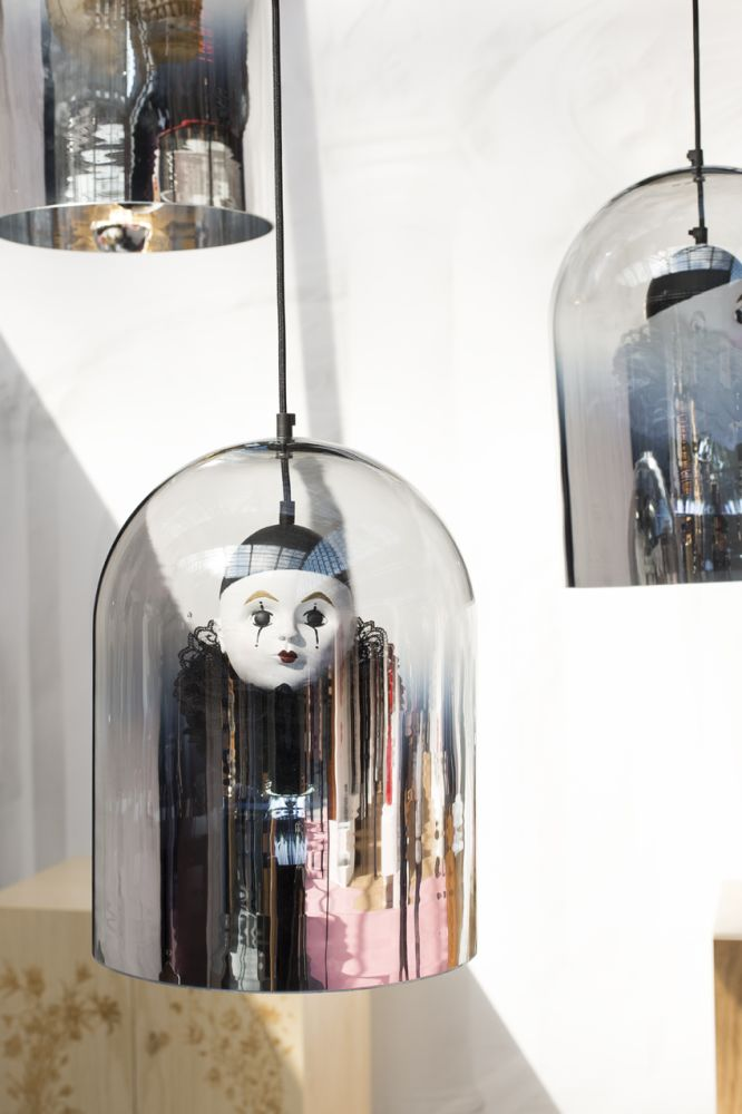 https://res.cloudinary.com/clippings/image/upload/t_big/dpr_auto,f_auto,w_auto/v1485613328/products/pierrot-mirror-dome-pendant-lamp-mineheart-young-battaglia-clippings-8735911.jpg