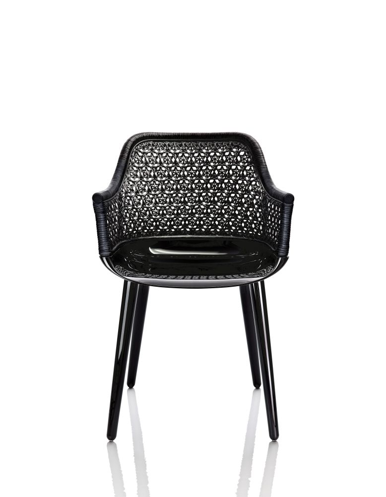 https://res.cloudinary.com/clippings/image/upload/t_big/dpr_auto,f_auto,w_auto/v1490957194/products/cyborg-elegant-armchair-magis-design-marcel-wanders-clippings-8833991.jpg