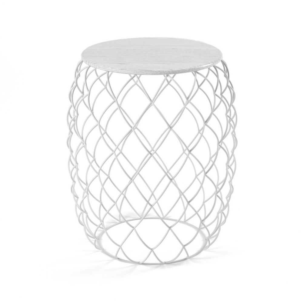 https://res.cloudinary.com/clippings/image/upload/t_big/dpr_auto,f_auto,w_auto/v1490971331/products/pi%C3%B1a-low-table-white-indoor-magis-design-jaime-hay%C3%B3n-clippings-8837441.jpg