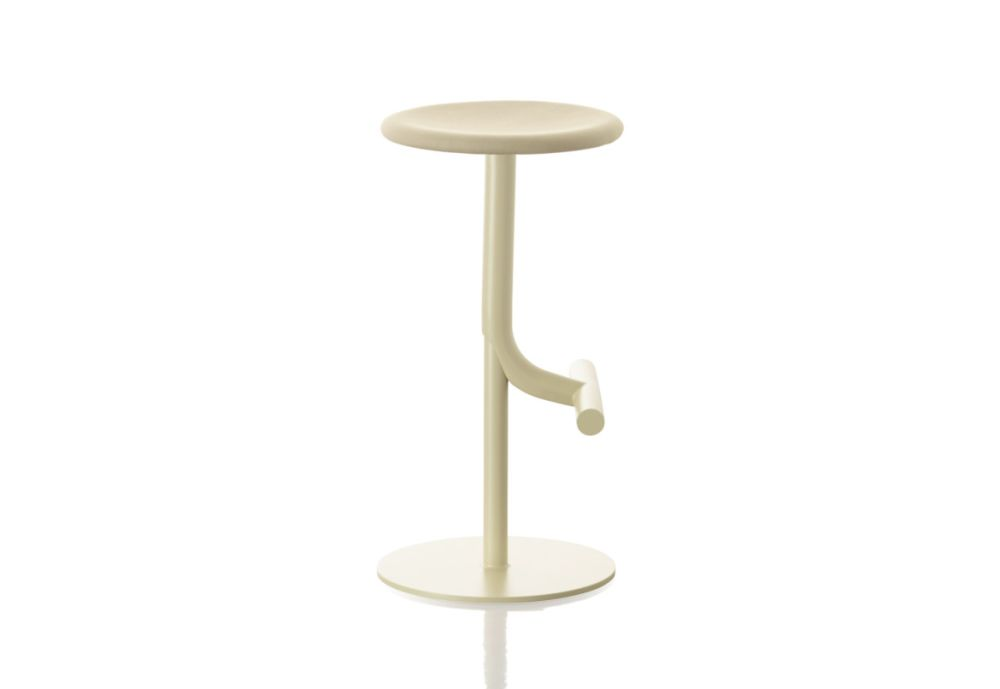 https://res.cloudinary.com/clippings/image/upload/t_big/dpr_auto,f_auto,w_auto/v1491388249/products/tibu-swivel-barstool-beige-magis-design-anderssen-voll-clippings-8841061.jpg