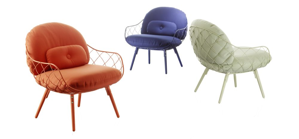 https://res.cloudinary.com/clippings/image/upload/t_big/dpr_auto,f_auto,w_auto/v1491402238/products/pi%C3%B1a-low-chair-magis-design-jaime-hay%C3%B3n-clippings-8842781.jpg