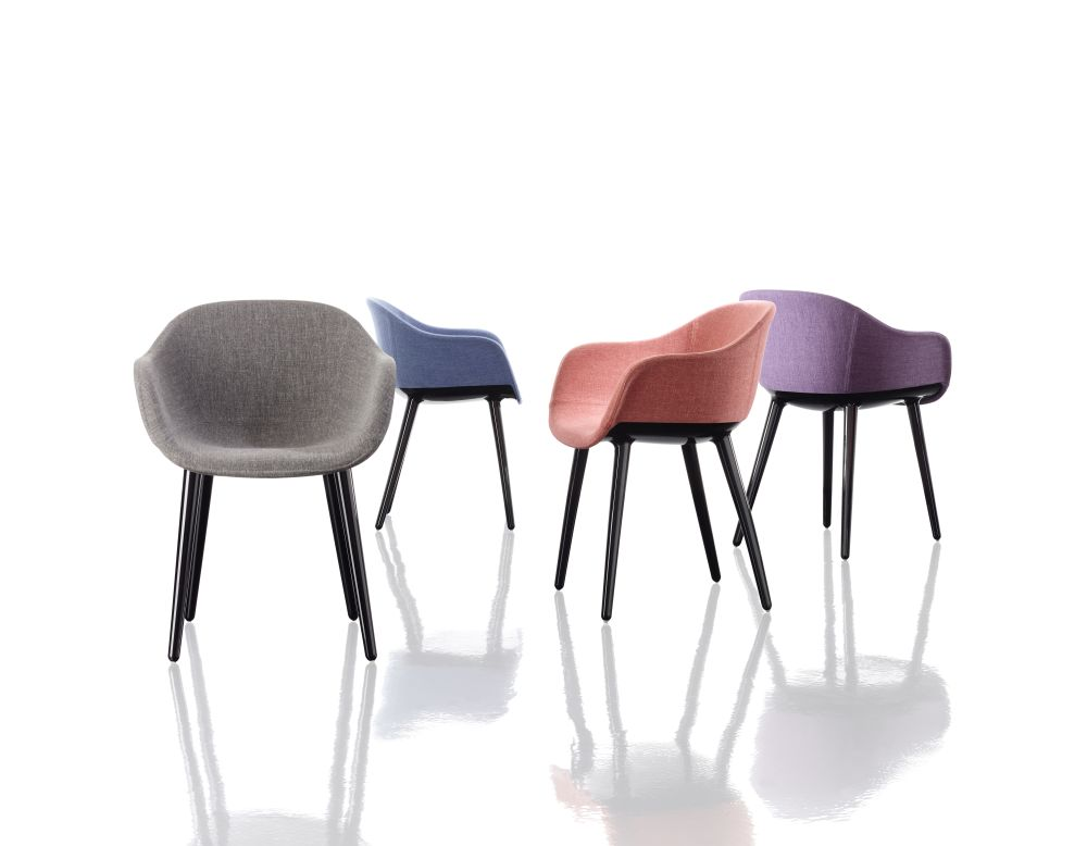 https://res.cloudinary.com/clippings/image/upload/t_big/dpr_auto,f_auto,w_auto/v1491404955/products/cyborg-lady-armchair-magis-design-marcel-wanders-clippings-8844301.jpg