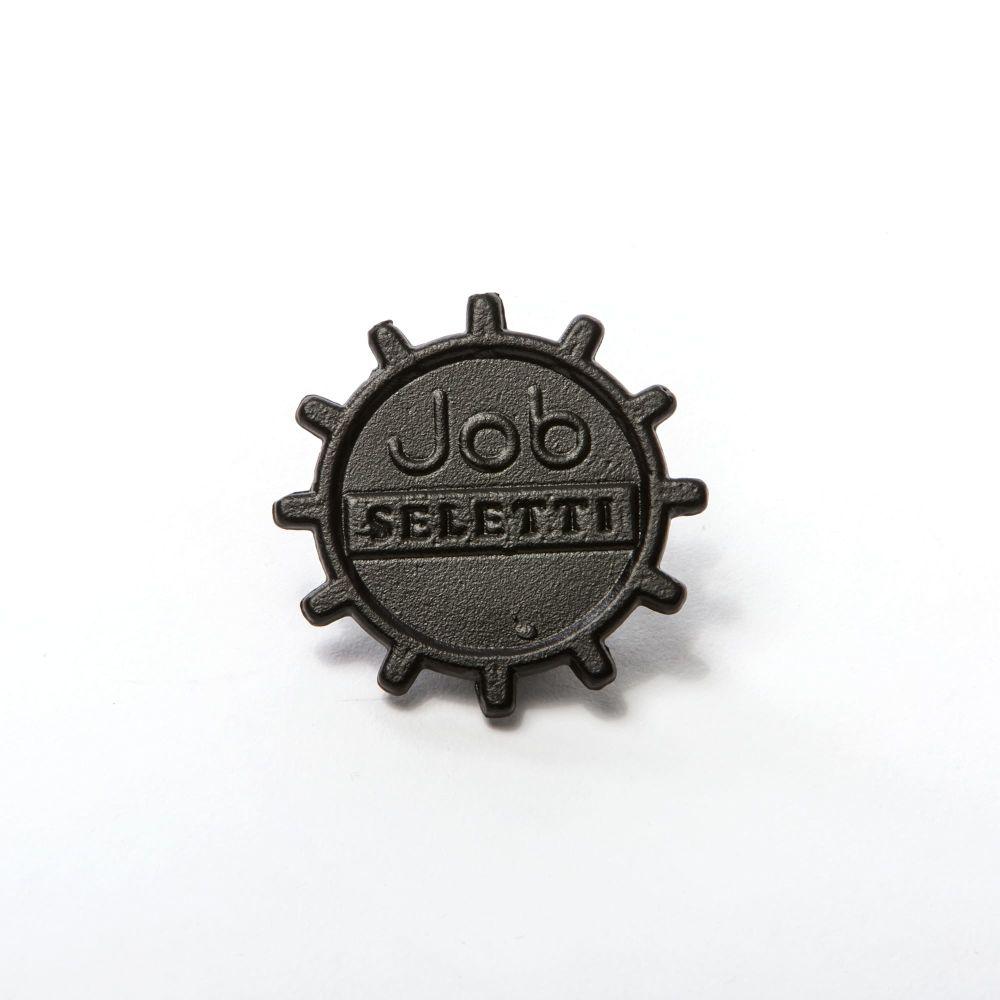https://res.cloudinary.com/clippings/image/upload/t_big/dpr_auto,f_auto,w_auto/v1491489506/products/industry-aluminium-table-seletti-studio-job-clippings-8847471.jpg
