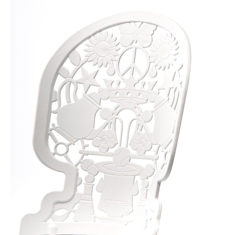https://res.cloudinary.com/clippings/image/upload/t_big/dpr_auto,f_auto,w_auto/v1491549508/products/industry-aluminium-chair-seletti-studio-job-clippings-8849421.jpg