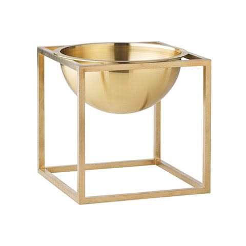 https://res.cloudinary.com/clippings/image/upload/t_big/dpr_auto,f_auto,w_auto/v1492589249/products/kubus-bowl-set-of-2-14-x-14-cm-brass-by-lassen-mogens-and-fleeming-lassen-clippings-8875401.jpg