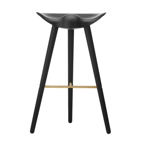 https://res.cloudinary.com/clippings/image/upload/t_big/dpr_auto,f_auto,w_auto/v1492594286/products/ml42-barstool-bl-stained-beech-brass-by-lassen-mogens-lassen-clippings-8876861.jpg