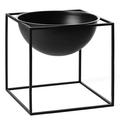 https://res.cloudinary.com/clippings/image/upload/t_big/dpr_auto,f_auto,w_auto/v1492774265/products/kubus-bowl-set-of-2-23-x-23-cm-black-by-lassen-mogens-and-fleeming-lassen-clippings-8874921.jpg