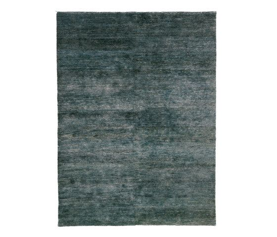 https://res.cloudinary.com/clippings/image/upload/t_big/dpr_auto,f_auto,w_auto/v1493733537/products/noche-rug-blue-170-x-240-cm-nanimarquina-ariadna-miquel-nani-marquina-clippings-8905521.jpg