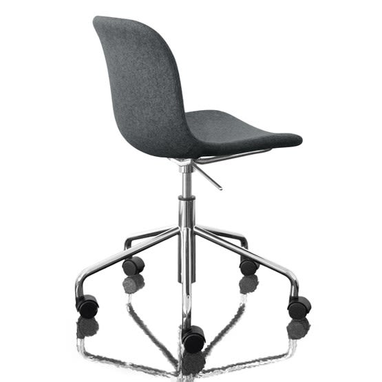 https://res.cloudinary.com/clippings/image/upload/t_big/dpr_auto,f_auto,w_auto/v1493979159/products/troy-chair-swivel-base-on-5-wheels-fully-upholstered-divina-melange-2-170-fabric-and-chromed-base-magis-design-marcel-wanders-clippings-8911231.jpg