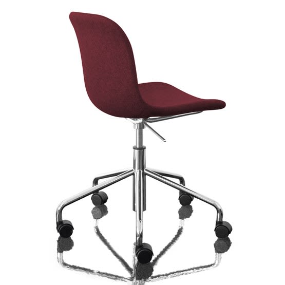https://res.cloudinary.com/clippings/image/upload/t_big/dpr_auto,f_auto,w_auto/v1493979159/products/troy-chair-swivel-base-on-5-wheels-fully-upholstered-divina-melange-2-581-fabric-and-chromed-base-magis-design-marcel-wanders-clippings-8911271.jpg