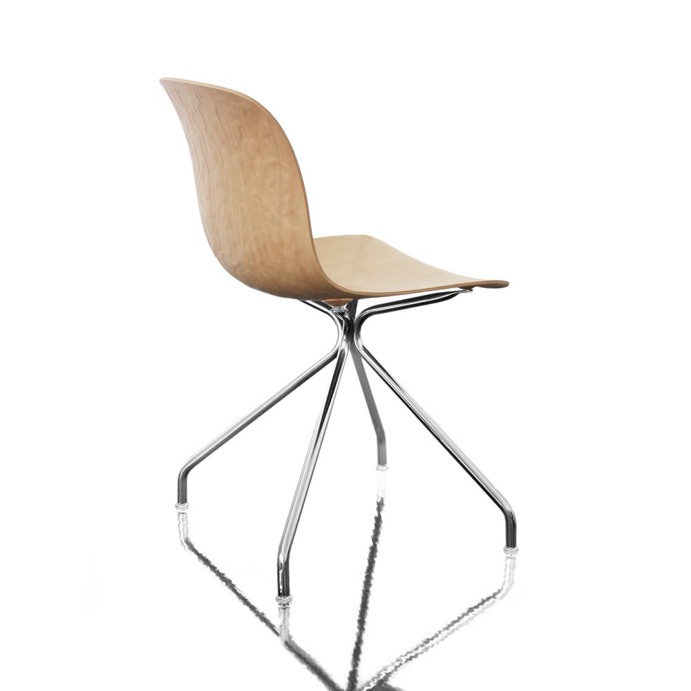 https://res.cloudinary.com/clippings/image/upload/t_big/dpr_auto,f_auto,w_auto/v1493979731/products/troy-chair-4-star-base-chromed-frame-natural-beech-seat-non-swivel-magis-design-marcel-wanders-clippings-8911411.jpg